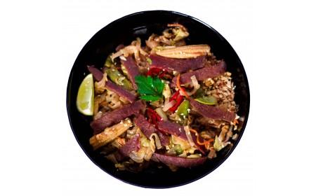 Пад Тай (рисова локшина) з яловичиною